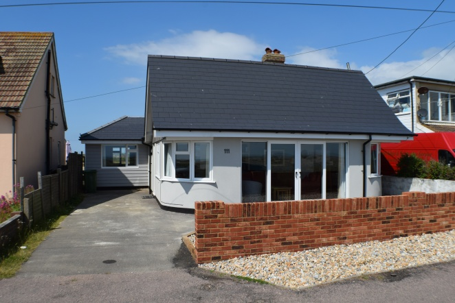 Coast Drive, Romney Marsh, 4 Bedrooms Bedrooms, ,2 BathroomsBathrooms,Bungalow,SEA VIEW,Coast Drive,1,1000